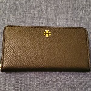 NWT Tory Burch Marsden Leather Zip Around Wallet